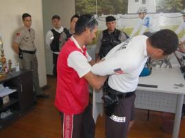 policial reformado ministra curso de defesa pessoal nos batalhoes 3 270x202 - Polícia promove capacitação em defesa pessoal nos batalhões