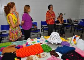 primeira dama visita curso de artesanato na funatec foto walter rafael 70 270x192 - Artesanato paraibano é destaque em coleções de confecções no Sul do País
