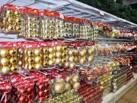 produtos e artigos natalinos natal foto jose lins 2 270x202 - Preços de artigos de decoração natalina chegam a R$ 1.480 em João Pessoa