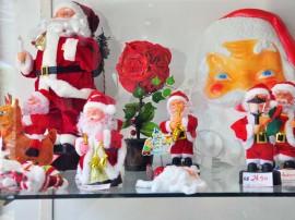 produtos e artigos natalinos natal foto jose lins 9 270x202 - Preços de artigos de decoração natalina chegam a R$ 1.480 em João Pessoa