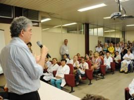 ricardo HOSPITAL DE TRAUMA foto jose marques 3 270x202 - Ricardo parabeniza funcionários do Trauma pela qualidade do atendimento