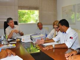ricardo recebe comissao de transportes alternativos 101 270x202 - Ricardo discute regulamentação do transporte alternativo na Paraíba