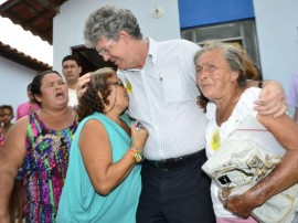 ricardo entrega casas mamanguape foto alberi pontes 7 270x202 - Ricardo e ministro entregam 597 casas em Mamanguape