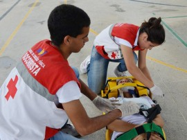 see alunos estaduais treino de primeiros socorros 1 270x202 - Governo inicia aulas de primeiros socorros nas escolas estaduais