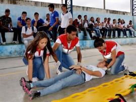 see alunos estaduais treino de primeiros socorros 4 270x202 - Governo inicia aulas de primeiros socorros nas escolas estaduais