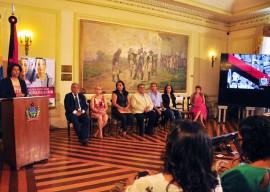 semana contra a violencia contra a mulher foto jose lins 32 270x192 - Governo lança campanha e anuncia SOS Mulher contra violência