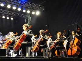 02.03.13 orquestra sinfonica jovem fotos roberto guedes secom pb 31 270x202 - Orquestra Sinfônica Jovem encerra temporada com Concerto de Natal