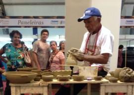02.12.13 feira espirito santo 5 270x192 - Paraíba supera vendas em feira de artesanato no Espírito Santo