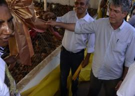 07.12.13 RICARDO QUILOMBOLAS 5 1 270x192 - Ricardo entrega benefícios para 300 famílias quilombolas em Areia