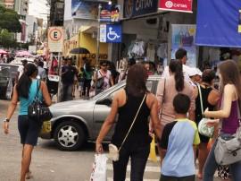 13.12.12 comercio centro fotos vanivaldo ferreira 41 270x202 - Paraíba registra a 2ª maior alta em volume de vendas do varejo no país