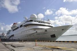 13.12.13 Turista desembarca no porto fotos joao francisco 42 270x179 - Turistas chegam em cruzeiro para conhecer o Destino Paraíba