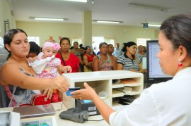 BAYEUX BOLSA FAMILIA JOSÉ MARQUES 2 270x179 - Pagamento do Abono Natalino segue até 20 de dezembro