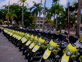 ENTREGA DE MOTOS E CHEQUES 2 270x202 - Ricardo entrega motos e anuncia benefícios para agricultura familiar