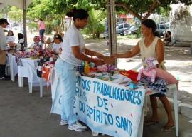 Feira Economia Solidária 13.12.12 Fotos Fernanda Medeiros 7 270x192 - Feira reúne agricultores e artesãos na Semana da Economia Solidária