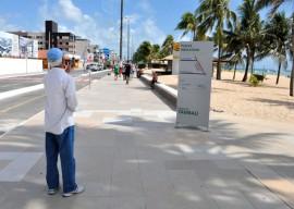 Instalacao placas balneabilidade Laylson Ismar 9 270x192 - João Pessoa tem todas as praias liberadas para banho no fim de semana