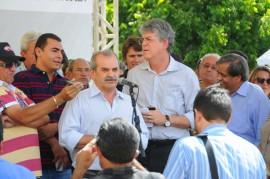 PACTO SOCIAL UIRAUNA 11 270x179 - Ricardo assina convênios do Pacto Social da região de Sousa