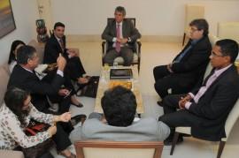 REUNIÃO BRASIL CANADÀ 1 270x179 - Ricardo e cônsul discutem possibilidades de intercâmbios entre Paraíba e Canadá