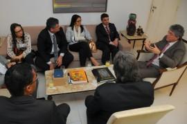 REUNIÃO BRASIL CANADÀ 3 270x179 - Ricardo e cônsul discutem possibilidades de intercâmbios entre Paraíba e Canadá
