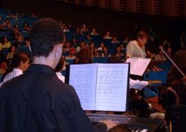 Teclado pp1 270x192 - Orquestra Infantil apresenta concerto com peças natalinas no Tribunal de Contas