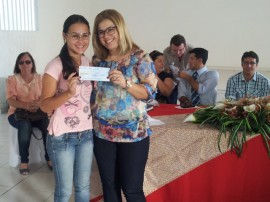 Thereza empreender libera credito em cubati 270x202 - Governo entrega R$ 170 mil para empreendedores de Cubati