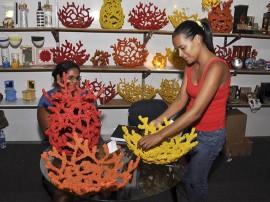 arteasa corais salao foto walter rafael 6 270x202 - Turistas e pessoenses vão às compras de Natal no Salão de Artesanato
