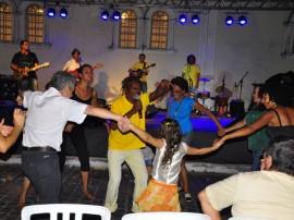 ceart apresentacao musical foto walter rafael 1481 270x202 - Escurinho e Pífano Perfumado encerram atividades da Semana de Arte