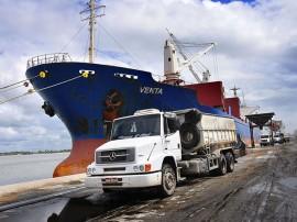 movimentacao porto de cabedelo foto kleide teixeira 96 270x202 - Porto cresce 38%, atrai 21% mais navios e tem projetos para ser praça de referência