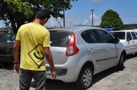 operacao lei seca recupera carro roubado em pedras de fogo 2 270x179 - Operação Lei Seca recupera carro roubado em Pedras de Fogo