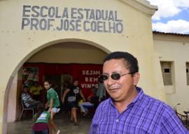 pai de aluno barra de santa rosa1 270x192 - Ricardo autoriza primeira obra de reforma em 60 anos de escola