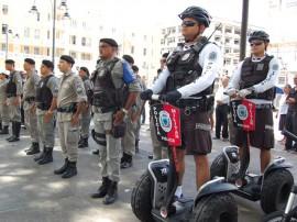 pm reforca policiamento em operacao no natal foto werneck moreno 3 270x202 - Polícias prendem 40 e apreendem 28 armas na Operação Réveillon