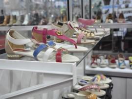 11.07.13 francal fotos vall 41 270x202 - Governo garante participação de empresários do setor calçadista na Couromoda