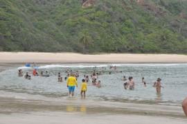 17.01.14 PRAIA coqueirinho 3 270x179 - Banhistas podem aproveitar 51 praias do litoral neste fim de semana