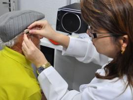 21.01.14 entrega de aparelho auditivo fotos antonio david 131 270x202 - Governo entrega aparelhos auditivos a pacientes do Hospital Edson Ramalho