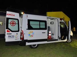 21.01.14 ricardo entrega ambulancia em serra da raiz fotos roberto guedes 10 270x202 - Ricardo entrega a primeira de 38 ambulâncias dentro do novo Pacto Social