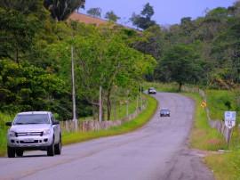 BANANEIRAS ESTRADA ORDEM DE SERVIÇO FOTO JOSE MARQUES 23 270x202 - Ricardo autoriza restauração de rodovia em Bananeiras