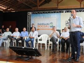 BANANEIRAS PREFEITO FOTO JOSE MARQUES 27 270x202 - Ricardo autoriza restauração de rodovia em Bananeiras