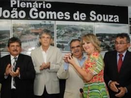 ENTREGA DE TITULO DE CIDADÃO DE PUXINANÃ 4 270x202 - Ricardo entrega veículos e recebe título de cidadão em Puxinanã