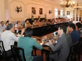 FALA GOVERNADOR 7 270x202 - Reajuste da segurança e educação varia entre 10% e 13,57%