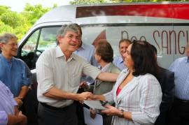 HEMOCENTRO 5 270x179 - Ricardo entrega veículo ao Hemocentro para coletas externas de sangue