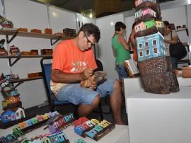 SALAO DE ARTESANATO FOTOS WALTER RAFAEL 5 270x202 - Produtos em madeira lideram vendas no 19º Salão de Artesanato da Paraíba