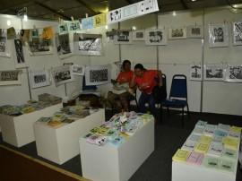 Salao artesanato fotos Alberi Pontes 4 270x202 - Produtos em madeira lideram vendas no 19º Salão de Artesanato da Paraíba