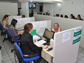 defensoria publica Atendimento usuária Antonia Alves 270x202 - Defensoria Pública da Paraíba aumentou em 62% o ajuizamento de ações em 2013