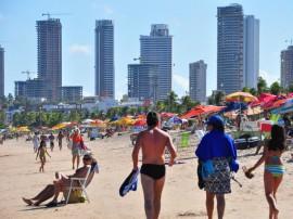 orla praia de tambau foto jose lins 461 270x202 - Banhistas podem aproveitar 48 praias da Paraíba durante o feriado