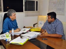 prefeito santa helena 5 270x202 - Ricardo e prefeito de Santa Helena discutem obras prioritárias para o município