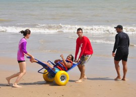 projeto cidadao fotos joao francisco 6 270x192 - Rômulo visita projeto que garante acessibilidade à praia