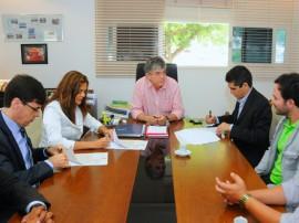 ricardo REUNIÃO CINEP EMPRESARIOS foto jose marques 51 270x202 - Ricardo assina protocolo e Paraíba ganhará fábrica europeia