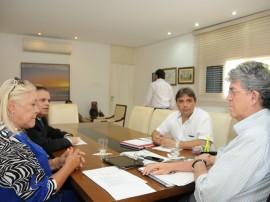 ricardo recebe PREFEITA DO CONDE foto jose marques 2 270x202 - Ricardo discute desenvolvimento industrial do município do Conde
