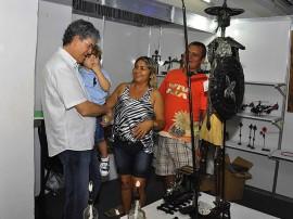 ricardo visita stand foto walter rafael 3 270x202 - Salão de Artesanato é encerrado com recorde de visitantes e vendas