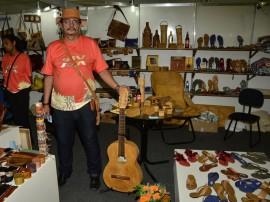salao aretesanato Cleanto Nunes fotos Alberi Pontes 21 270x202 - Produtos em madeira lideram vendas no 19º Salão de Artesanato da Paraíba