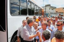 10.02.14 RICARDO ONIBUS bayeux FOTOS JOSE MARQUES 3 270x179 - Ricardo e diretores do DER inspecionam nova frota de ônibus